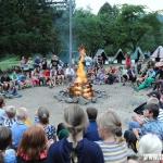 večerní nástup - poslední táborák