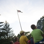 večerní nástup - vlajka