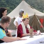 večerní nástup - král Zikmund čte naše požadavky